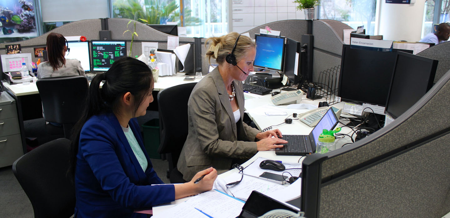 Proto researcher shadowing call-centre representative to improve customer service experience